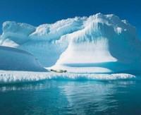 Buzullar alttan büyüyor