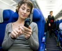 Cep telefonları uçuş güvenliğini tehlikeye sokuyor...