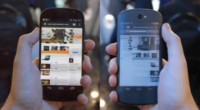 Çift ekrana sahip YotaPhone 2, Mobil Dünya Kongresi'nde görücüye çıkıyor.