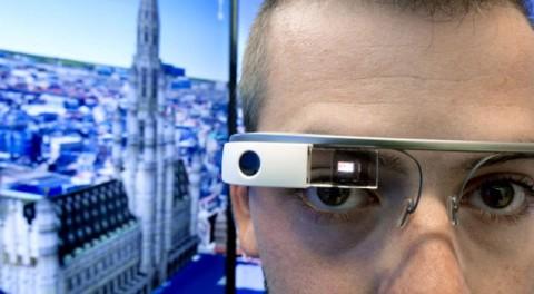 Google Glass'a yasak geldi