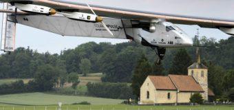 Güneş enerjili uçak başarıyla havalandı