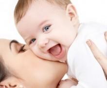 İngiltere'de anne olma yaşı 30′a yükseldi