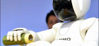 Robot Asimo artık koşup zıplıyor