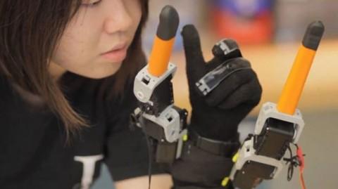 robot-parmak