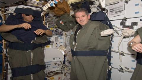 astronot-uyku-uzay