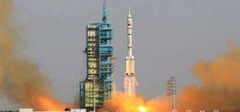 Çin tek roketle iki uydu fırlattı