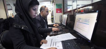 İran'da gençler internet yasağını dinlemiyor