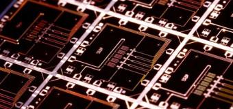 Google en güçlü kuantum bilgisayarı yapacak