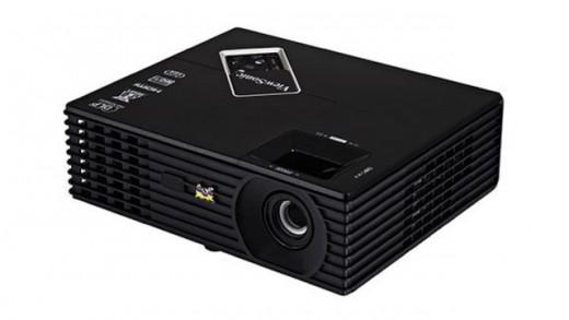 Viewsonic-PJD5533W-projeksiyon