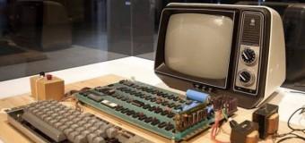 Çöpe attığı bilgisayar 200 bin dolara satıldı!