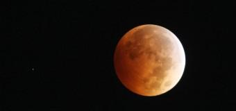 33 yıl sonra bir ilk: Süper Ay tutulması heyecanı
