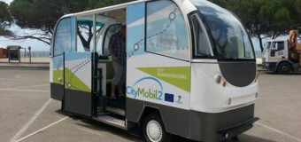 Şoförsüz otobüs Yunanistan sokaklarında!