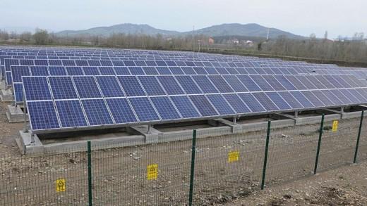 yenilenebilir-enerji-gunes-panelleri
