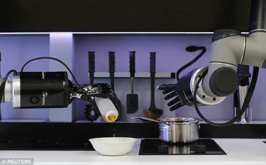 mooley-yemek-yapan-robot