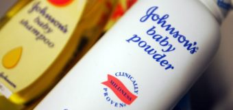 Johnson & Johnson'a kanser yapan talk pudrası yüzünden 55 milyon dolar ceza