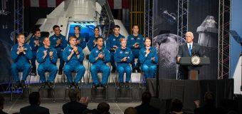 NASA 12 yeni astronot seçti