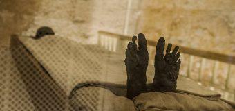 150 yıllık boş olduğu sanılan lahitten 2 bin 500 yıllık mumya çıktı