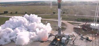 SpaceX roketi infilak etti